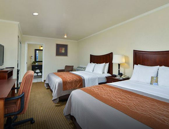 Stay Close To Pebble Beach At Comfort Inn Monterey Bay